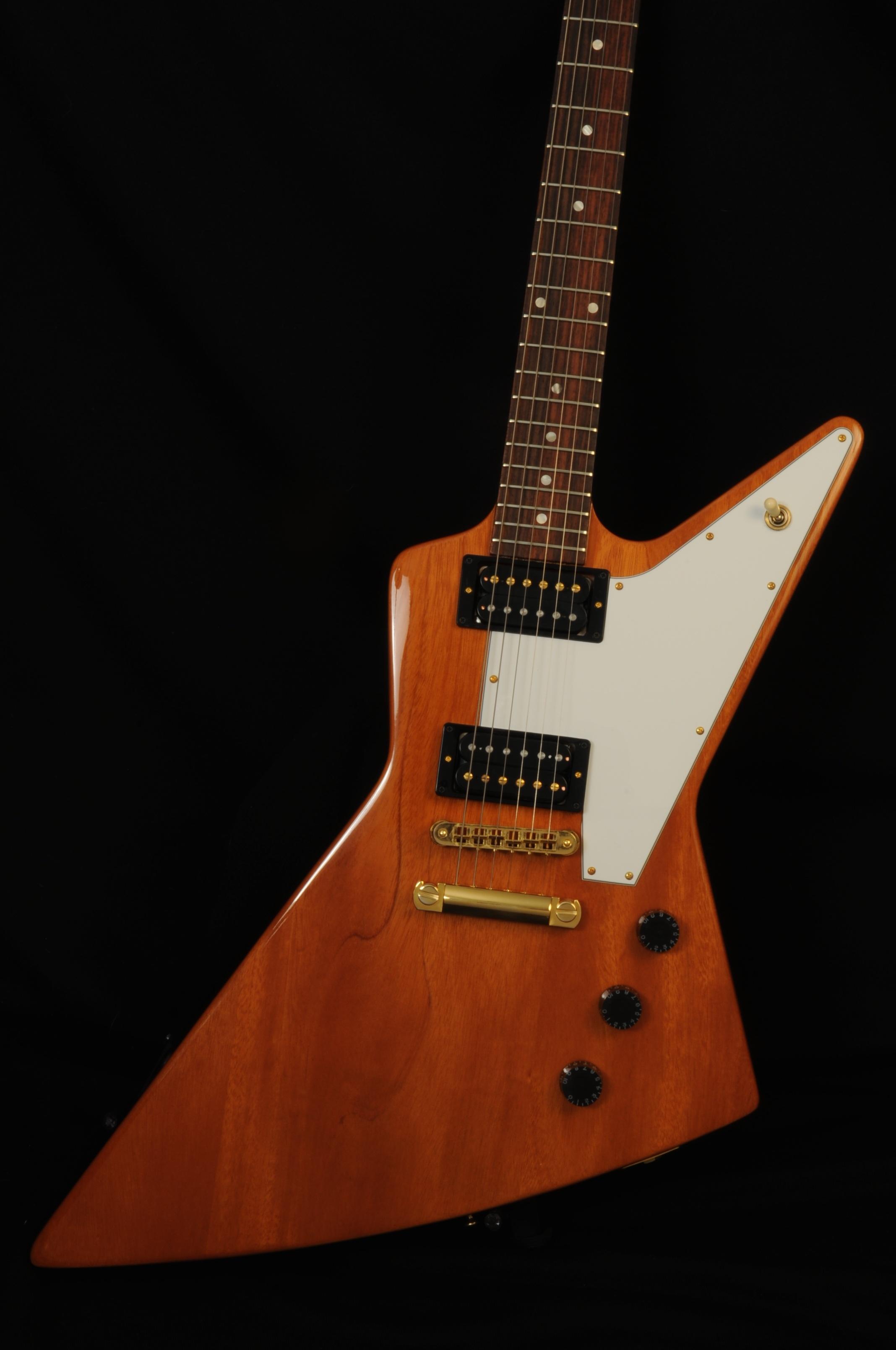 "2011 Gibson Explorer – Exc ""+"""