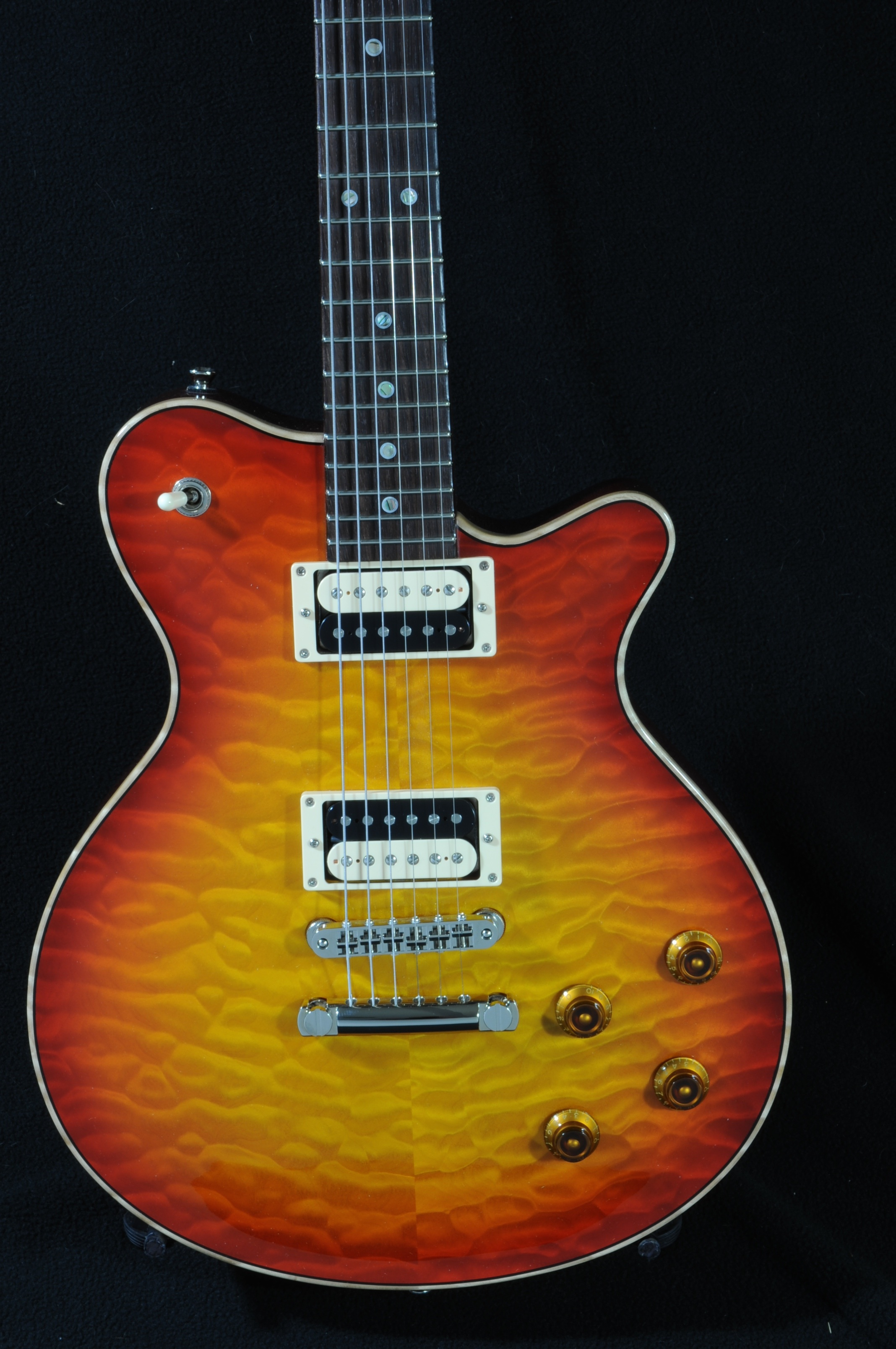 Don Grosh Set Neck Custom – Near Mint