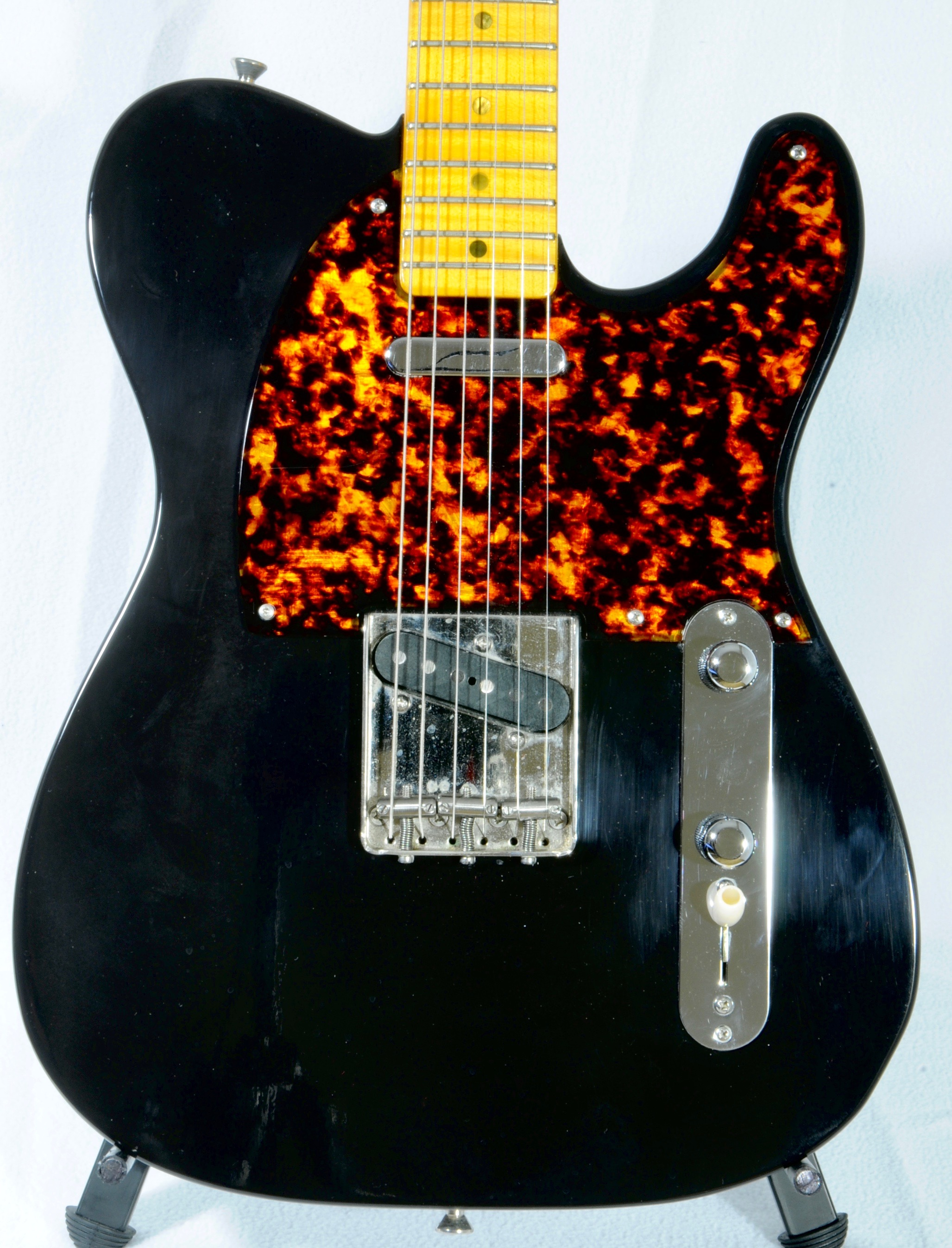 Detemple '52 Tele :  Zsa Zsa Black !