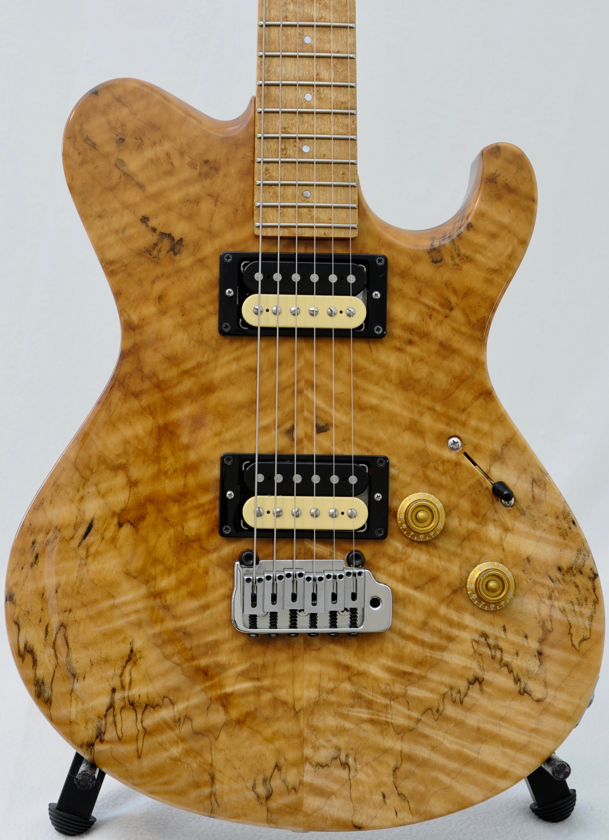 Scala 1-Off Singlecut w Birdseye Maple Neck